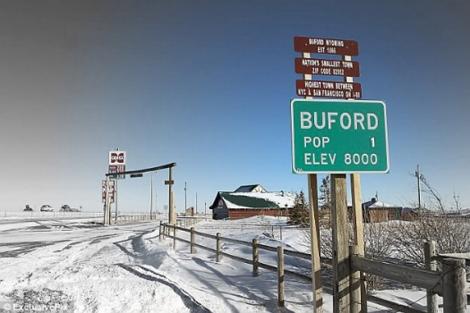 Entrada principal a Buford. | EM