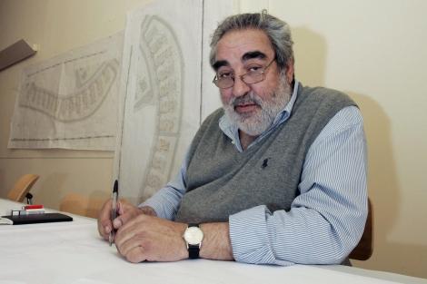 Eduardo Souto de Moura, en su estudio en 2011. | E. M.