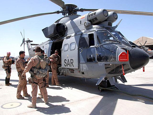 Uno de los helicópteros españoles de evacuación médica en Herat.   Mònica Bernabé