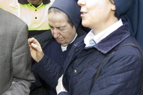 Sor María tras abandonar los juzgados. | A. Cuéllar