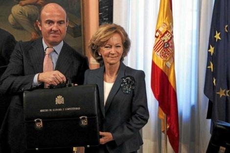 Elena Salgado, el día del traspaso de cartera a Luis de Guindo | Sergio Pérez / Reuters