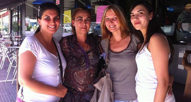 De izquierda a derecha, Inés, María Luisa, Pilar y Marina.