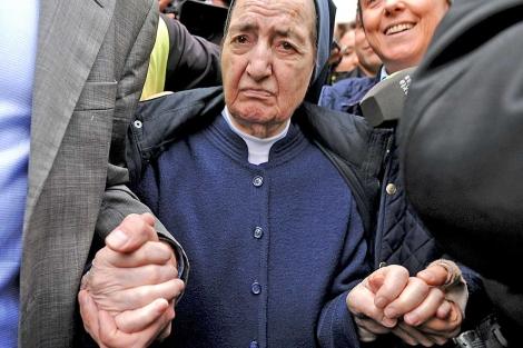 Sor María, la semana pasada tras negarse a declarar. | Pedro Armestre / Afp