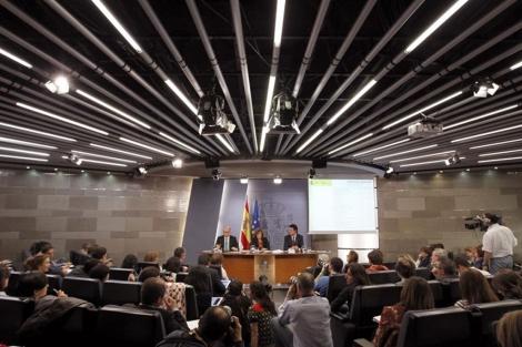 Rueda de prensa posterior al Consejo de Minstros. | Efe