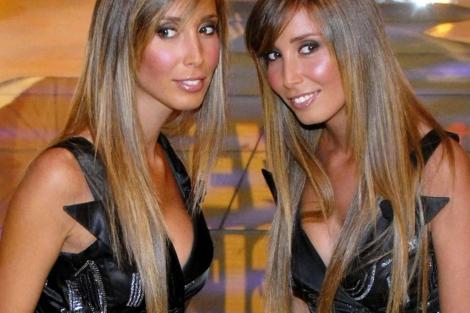 Las gemelas De Vivo, testigos clave del proceso de juzga a Berlusconi.   EL MUNDO