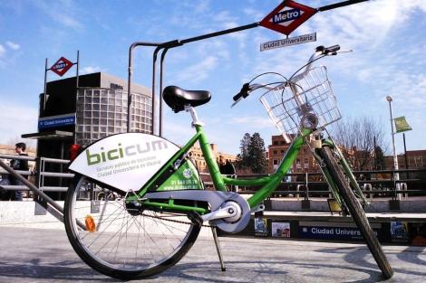 Bicicleta del servicio público de alquiler 'BiciCum'.   E. M.