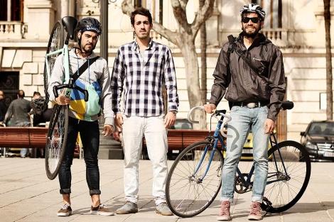 Ivan Garcia, Vitor Rei y Rodrigo Lombardo, de Bicitrans. | Saúl Escribano