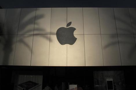 Exterior de la tienda de Apple en Carlsbad, California. | Reuters
