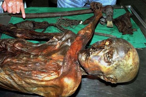 La momia 'Oetzi', el 'hombre de los hielos', en una imagen de archivo. | ELMUNDO