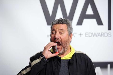 El diseñador Philippe Starck, durante la presentación del aerosol. | Afp