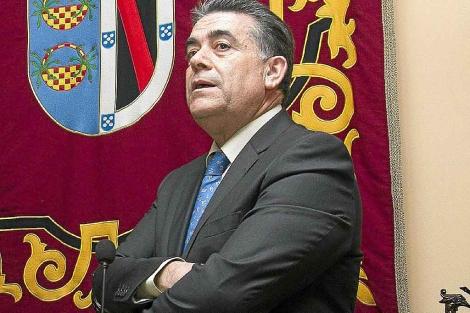 El ex alcalde y actual concejal del PSOE Francisco Bella. | J. Yáñaez