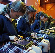 Concierto de musica con Ipad en Educared 2011.| Sergio González