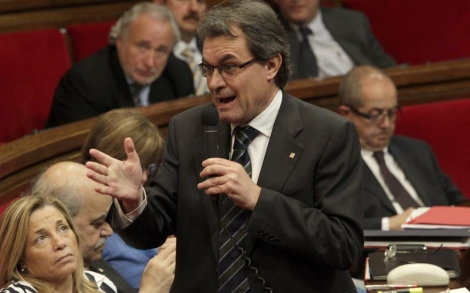 Artur Mas en una sesión de control en el Parlament.   Antonio Moreno
