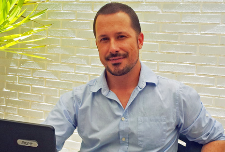 Alex Navarro, bloguero y fundador de 'Vivir de la red'   EM