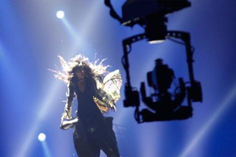 Una cámara recoge la actuación de la sueca Loreen, que ganó Eurovisión. | eurovision.tv