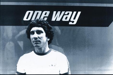 Reinaldo Arenas, fotografiado en Nueva York en 1982 por el pintor Jorge Camacho.