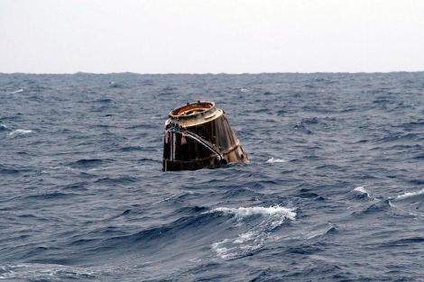 'Dragon', tras caer al mar. | AFP