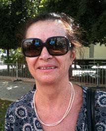 Iota Suka, 59 años, jubilada.
