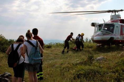 Algunos de los niños en el momento de ser rescatados.   Corriere della Sera