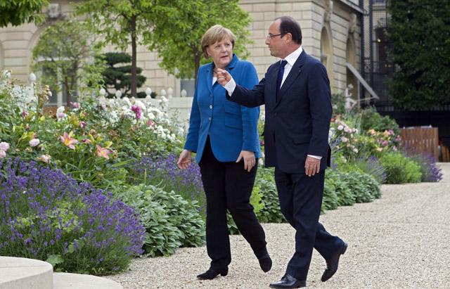 La canciller alemana, Angela Merkel, y el presidente francés, François Hollande. | Reuters