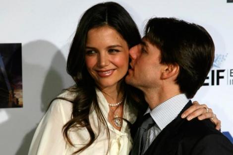 Katie Holmes y Tom Cruise. | Foto: Afp