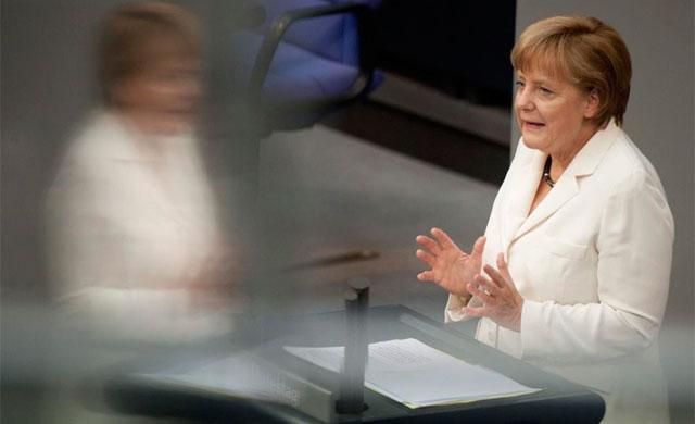 Merkel, anoche en el Bundestag.   Efe