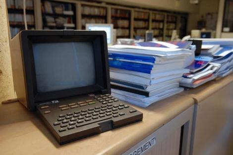 Monitor de Minitel, precursor francés de internet. | Afp