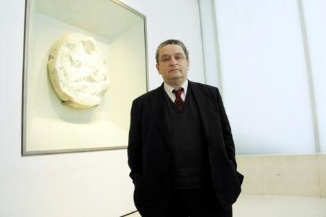 El director de exposiciones de la Royal Academy of Arts en 2004. | Jordi Adria