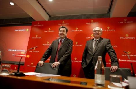 Narcís Serra y Adolf Todó, ex presidente y actual presidente. en 2009. | S. Cogolludo