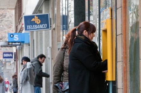 Diferentes entidades financieras en una misma calle. | Gonzalo Arroyo