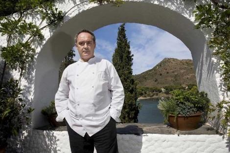 Foto de archivo de Ferrán Adriá, en su restaurante El Bulli.  T. Vilches