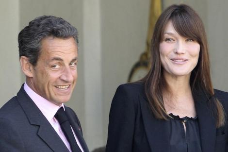 Sarkozy y Carla Bruni en un acto reciente. | Ap