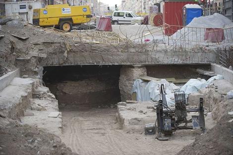 Los nuevos restos romanos hallados en las obras del Metro de Granada. | J. G. Hinchado