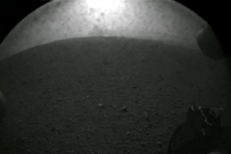 Primeras imágenes de Marte enviadas por el robot.
