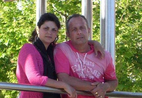 Francisco Valiente con su mujer. | El Mundo