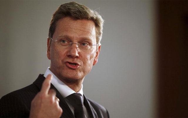 Guido Westerwelle, durante una rueda de prensa el pasado abril. | Reuters
