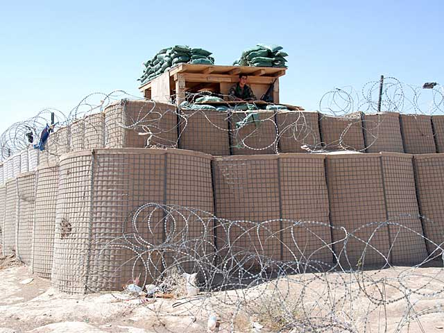 El cuartel general del Ejército afgano en la zona de Golojirak . | Foto: Mònica Bernabé