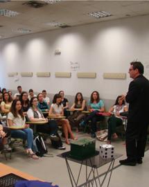 Rafa Piccola durante una de sus clases