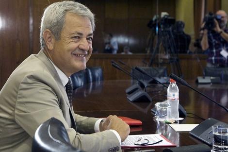 El ex consejero Francisco Vallejo, ante la comisión. | Efe
