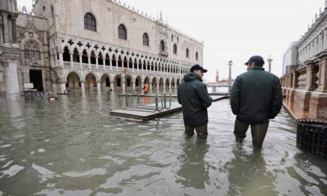 La Plaza de San Marcos en Venecia, inundada. | Andrea Merola