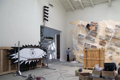 Imagen de la preparación del Pabellón de España en la XIII Bienale