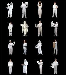 Estudiantes vestidos de blanco acuden a Venecia. | E. M.