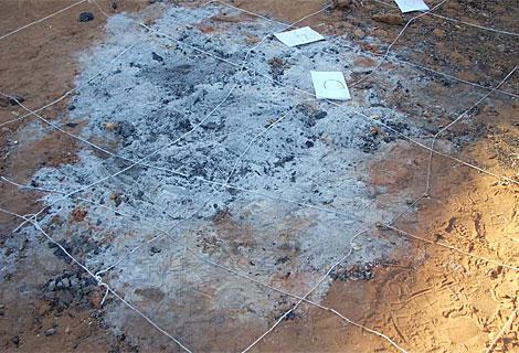 Hoguera de Las Quemadillas una vez retirados los restos óseos. (Imagen del 10-10-2011).