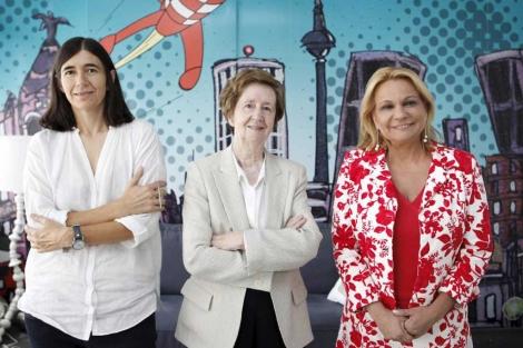 María Blasco (i), Margarita Salas (c) y Celia Sánchez-Ramos. | Sergio Enríquez-Nistal