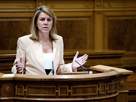 La presidenta de Castilla-La Mancha, durante su intervención en el debate. | Ismael Herrero / Efe