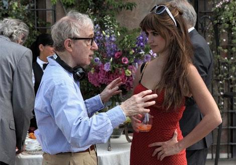 La actriz junto a Woody Allen en un rodaje. | Efe