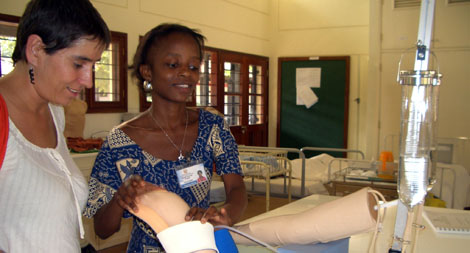 Neus Peracaula, de Médicos Mundo, en Mozambique