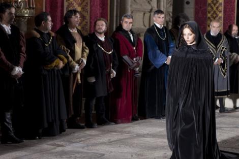 Michelle Jenner, durante un capítulo de 'Isabel'. | Diagonal TV