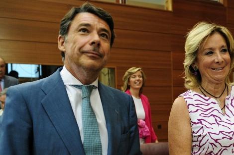 Ignacio González, con Esperanza Aguirre. | BERNARDO DÍAZ