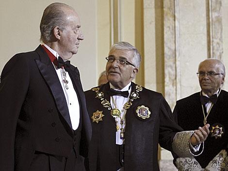 El Rey, junto al presidente del CGPJ en la apertura del Año Judicial. | Ballesteros / Efe